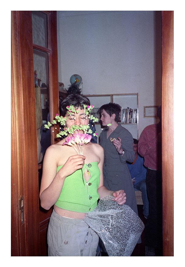 Alberto-Goldesntein---Cumpleaños-de-Fernanda-Laguna-en-su-casa,-1998